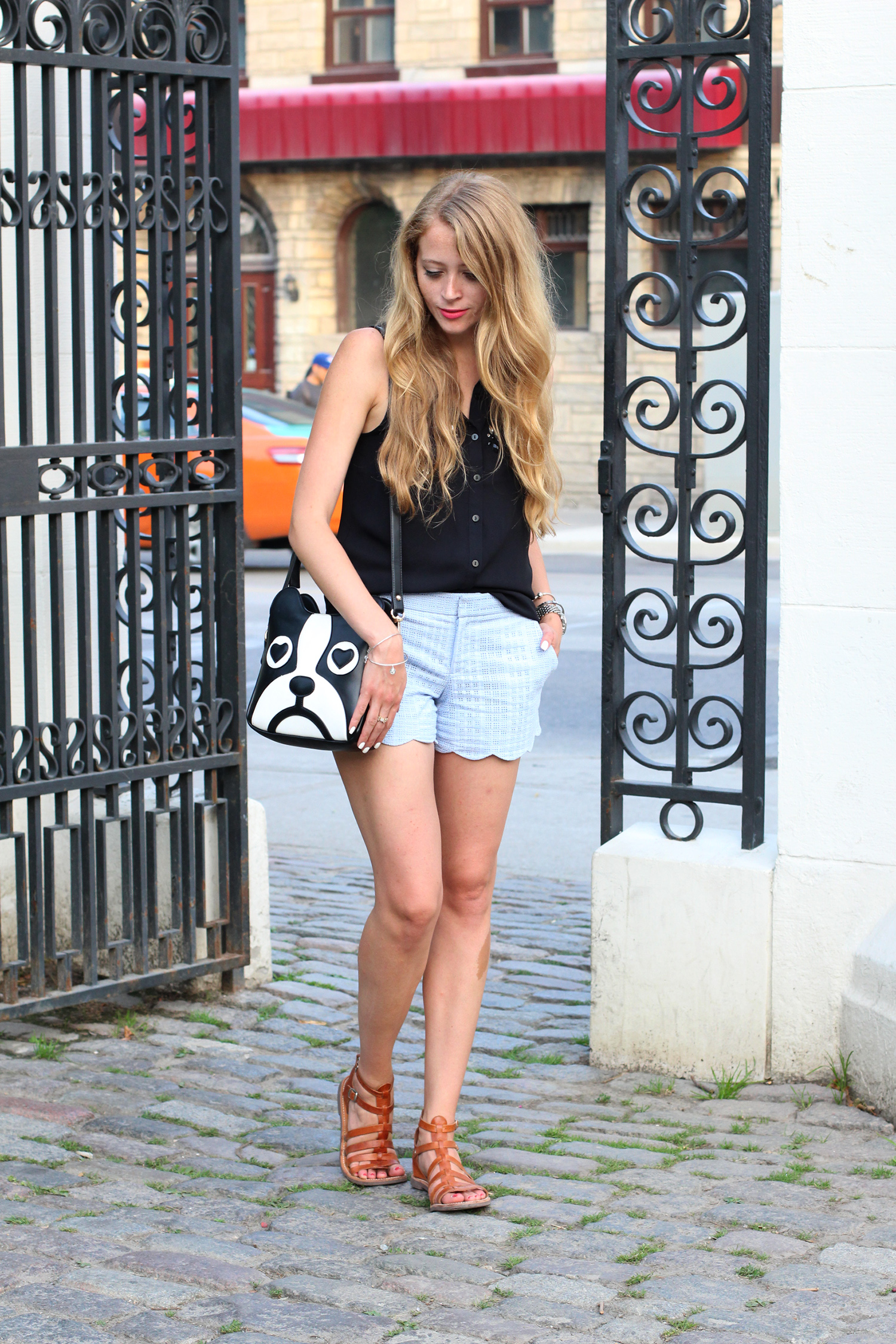 club monaco blue scalloped shorts outfit