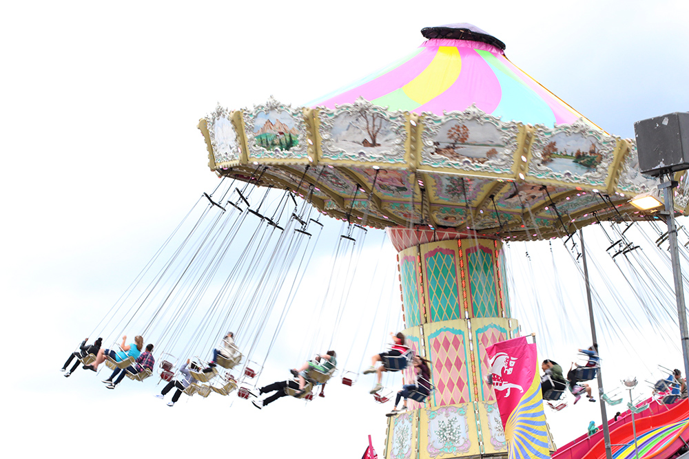 cne midway swing ride