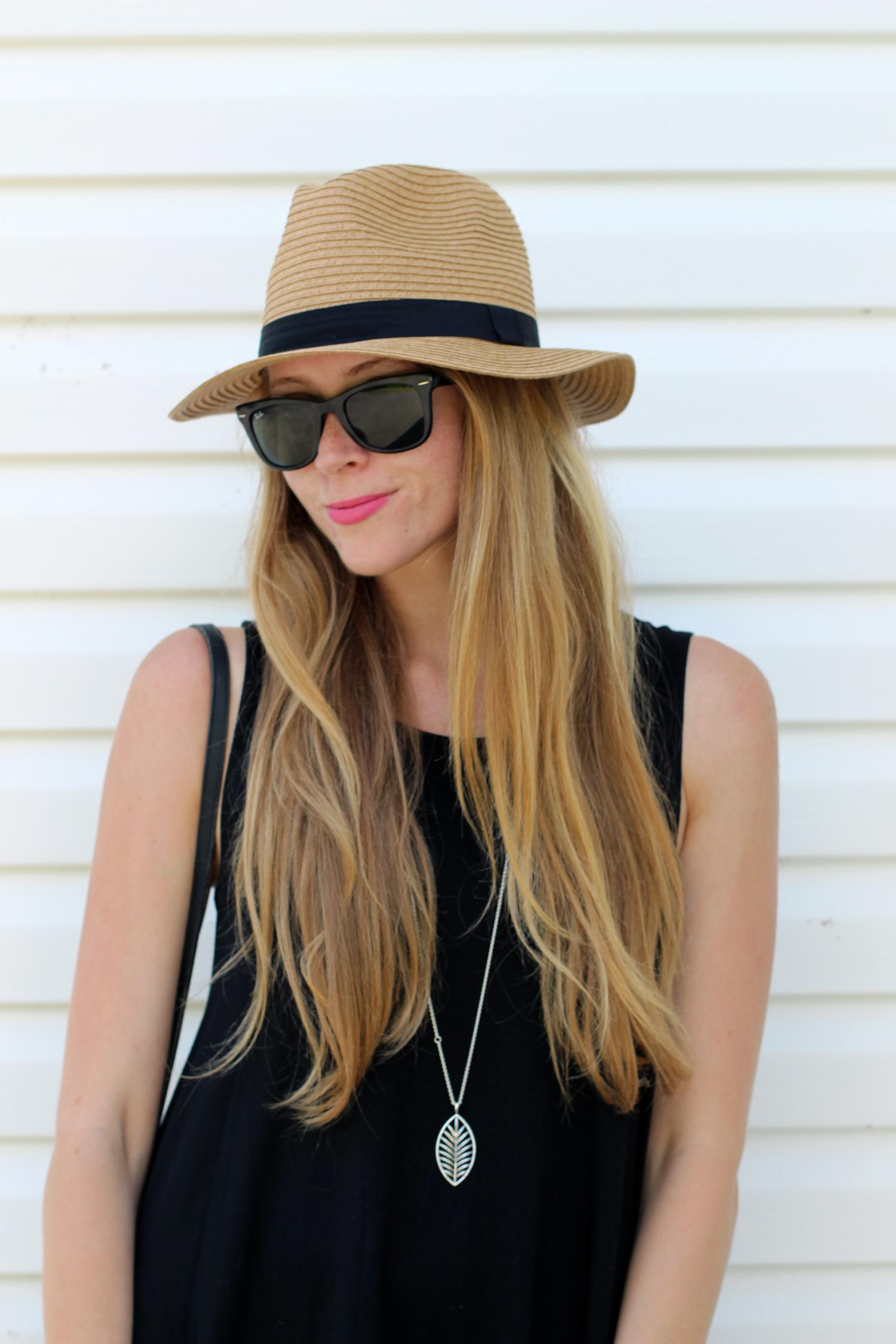 fedora hat rayban wayfarer sunglasses
