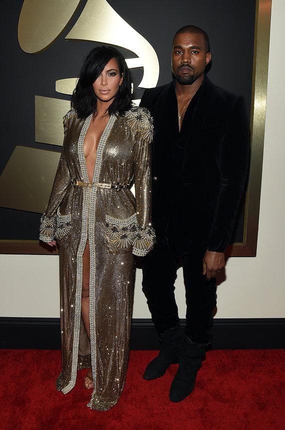 kim-kardashian-kanye-name-grammy-2015-red-carpet