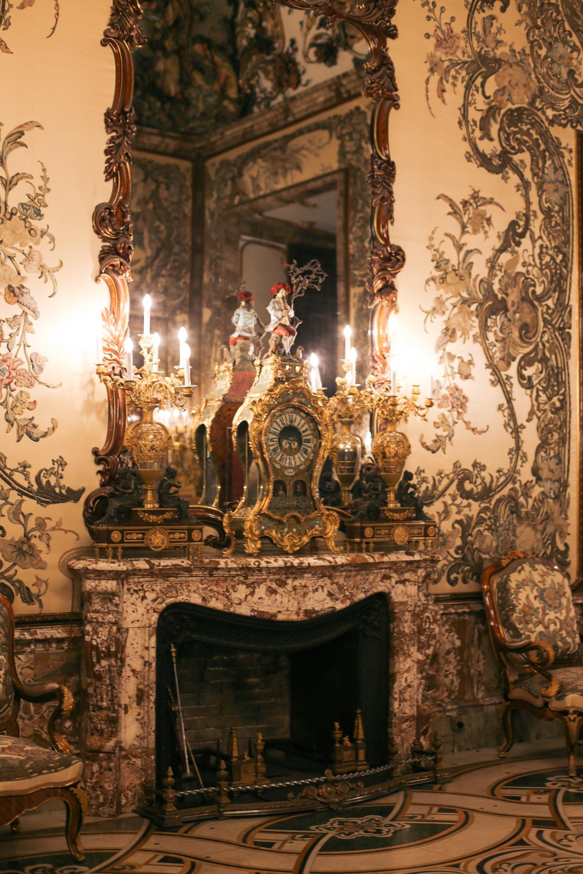 madrid palace gasperini room clock