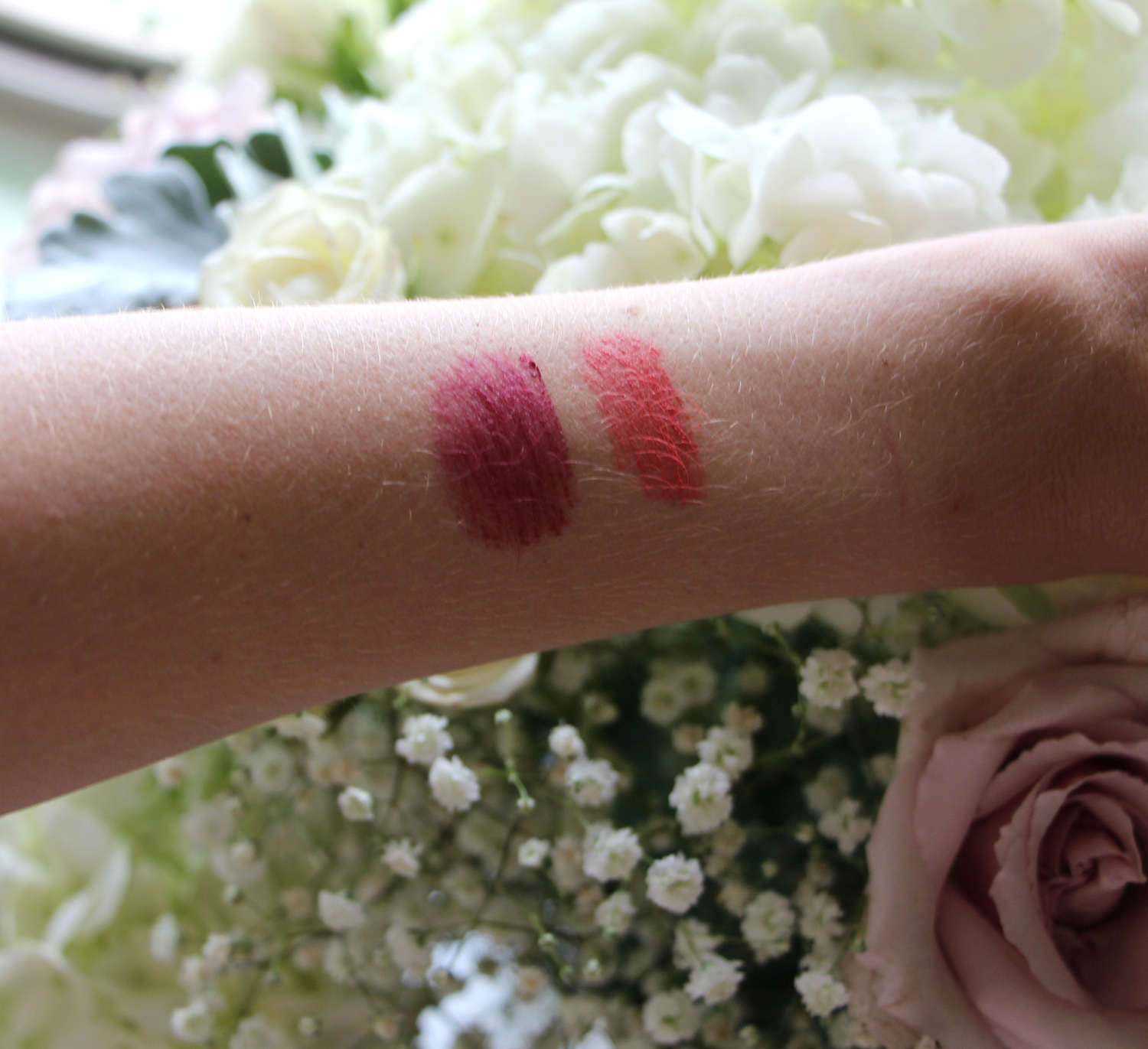 mary kay at play lip and cheek stick swatch