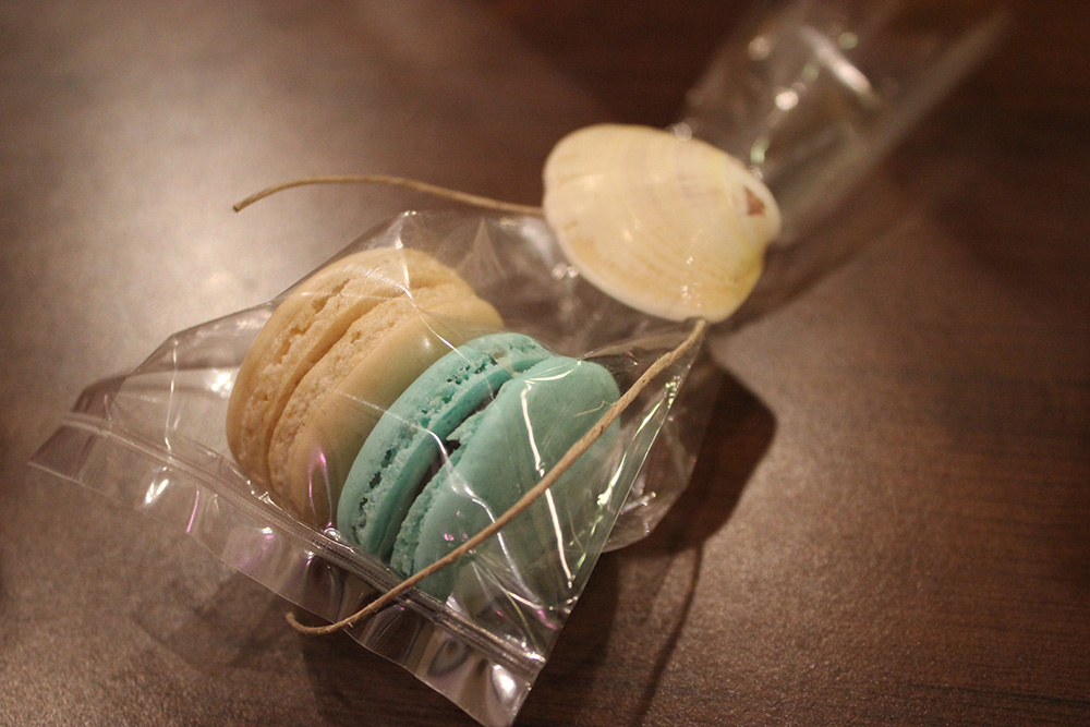 mint colored macarons