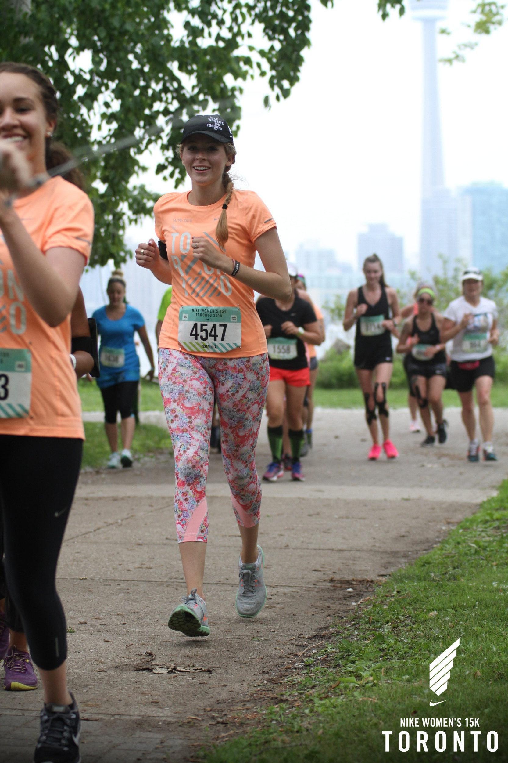 nike women's 15k toronto race photo