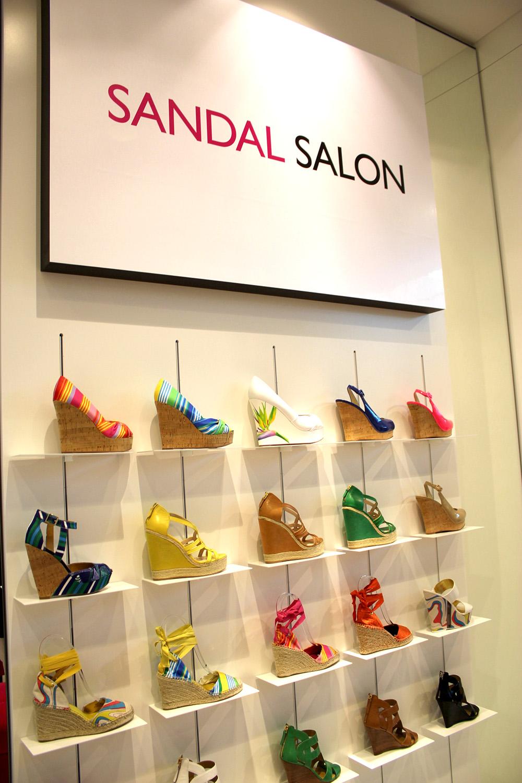 sandal salon nine west