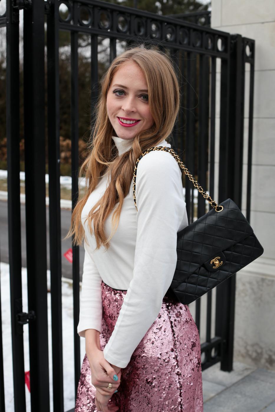 turtleneck pink sequin skirt chanel bag (7 of 8)