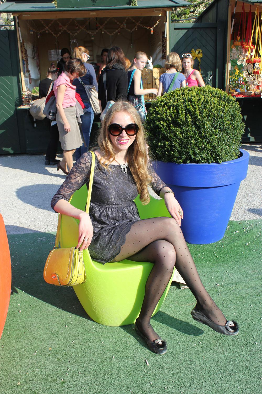 vienna schonnbrunn easter egg chair