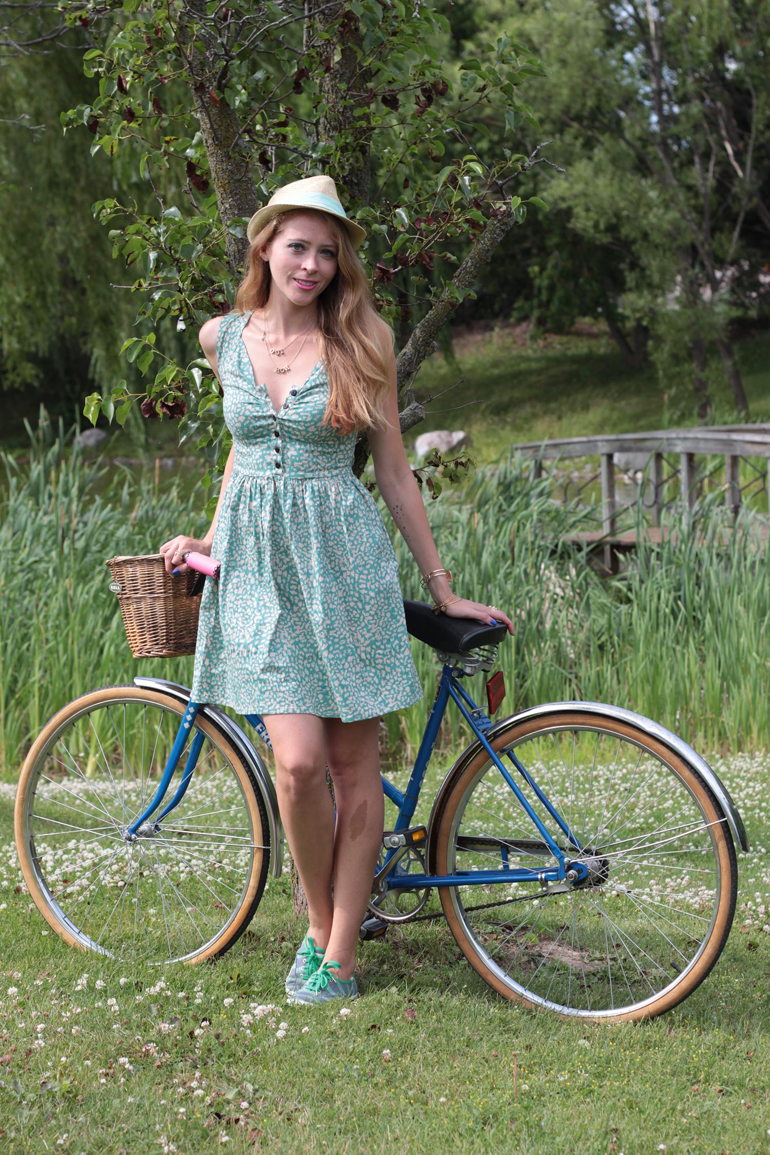 vintage green dress kate spade keds