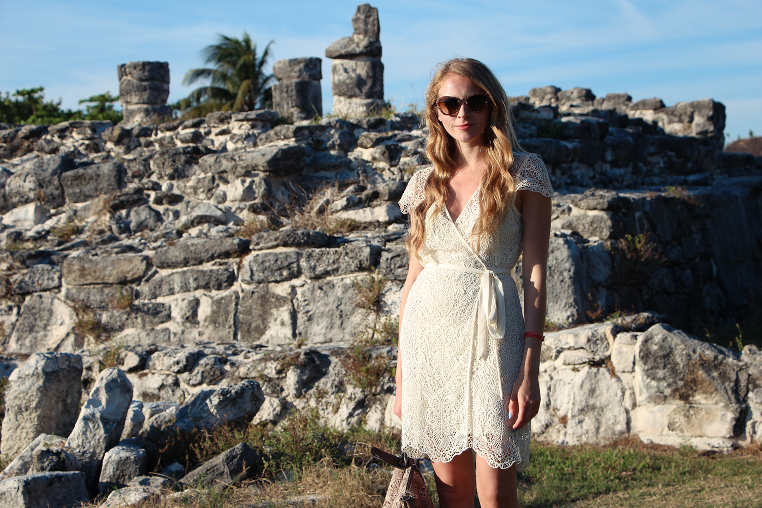 white lace zara dress miu miu sunglasses