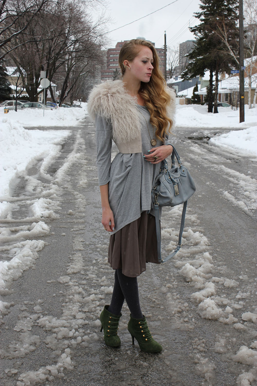winter outfit fur vest