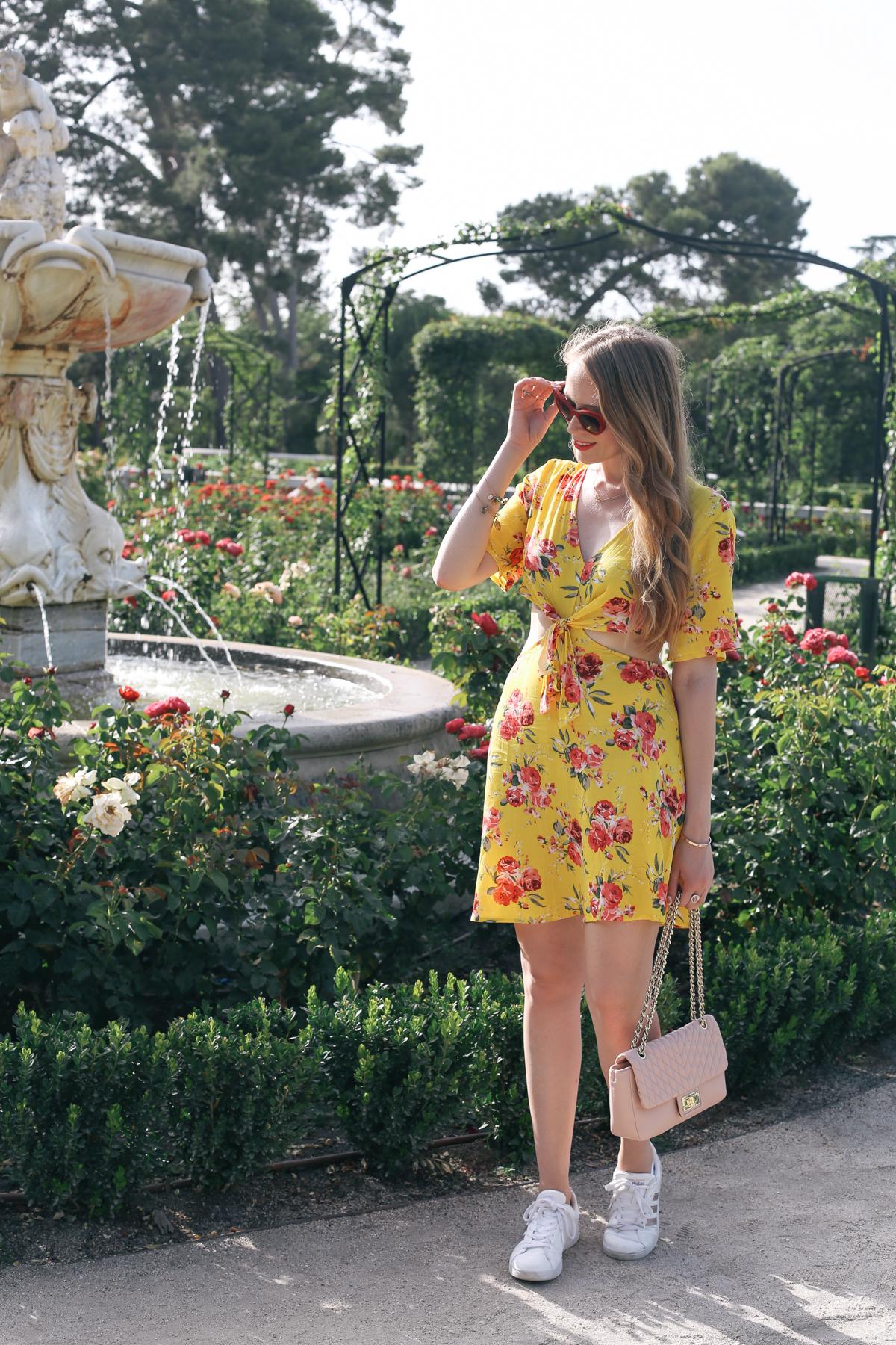 yellow rose print dress shein (1 of 4)