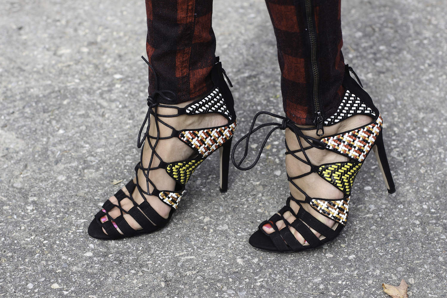 zara patterned lace up shoes